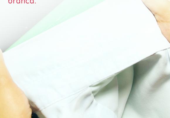 Como desencardir o colarinho da camisa branca